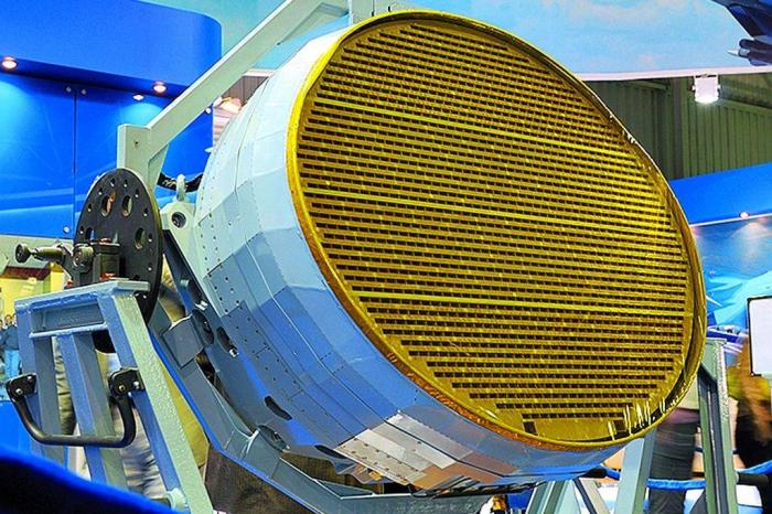 suchoi-t-50-n036-radar-frontcbutowski-jpg-4859930