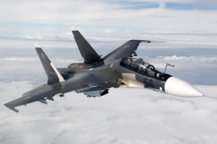 Air-to-air_with_a_Russian_Air_Force_Sukhoi_Su-30SM