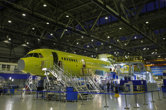 MC-21_on_the_assembly_line_at_Irkut
