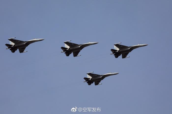 2018-02-10-Su-35-au-sud-J-20-à-lEst-06.jpg
