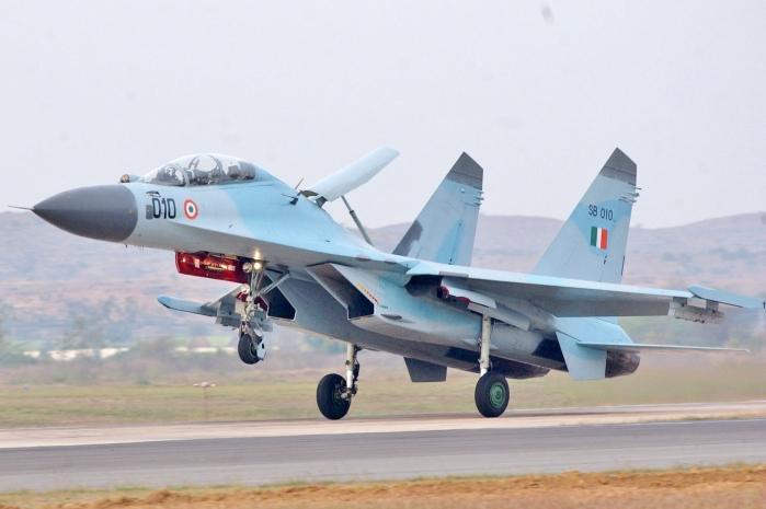 SU-30MKI_India_(cropped).jpg