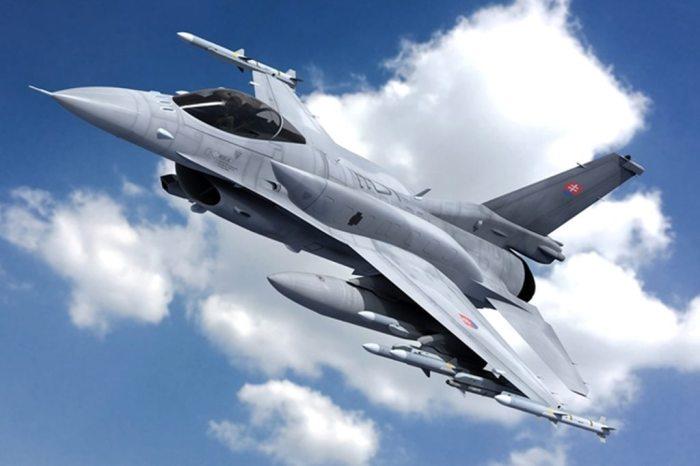 Slovakia_F-16