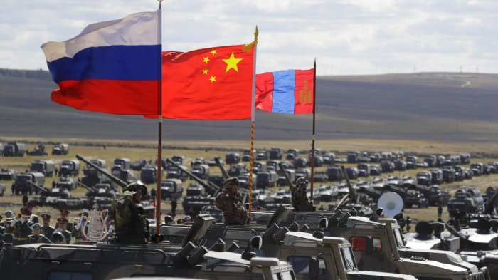 russia-rolls-out-advanced-weapons-during-vostok-2018-military-drills-with-china