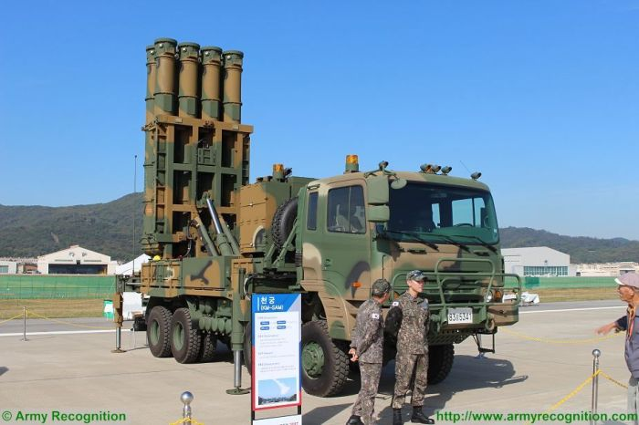South_Korea_first_live_fire_exercise_with_local-made_Cheongung_air_defense_missile_system_925_002